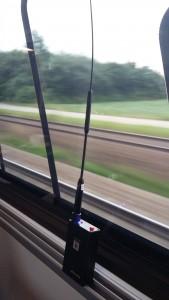 SainSonic AP510 im Zug mit Antenne Diamond RH951S